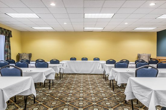 Milesburg, PA: Meeting room