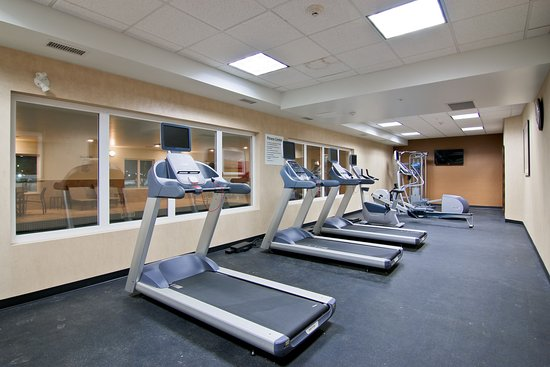 Clarion Hotel & Conference Center: Health Club