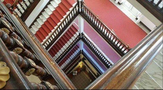 Grand Hotel Royal, BW Premier Collection: (Ovviamente c'è anche l'ascensore)