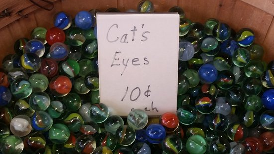 York, NE: Lee's Legendary Marbles and Collectibles