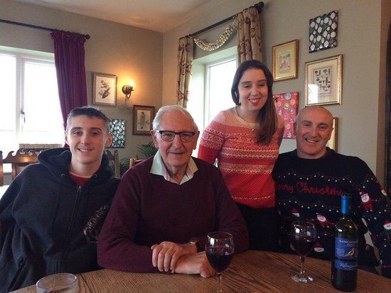 the sun inn family christmas meal and drinks