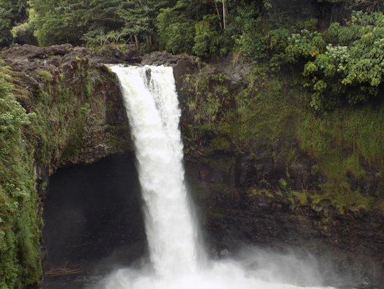 Keaau, Hawái: Rainbow Falls