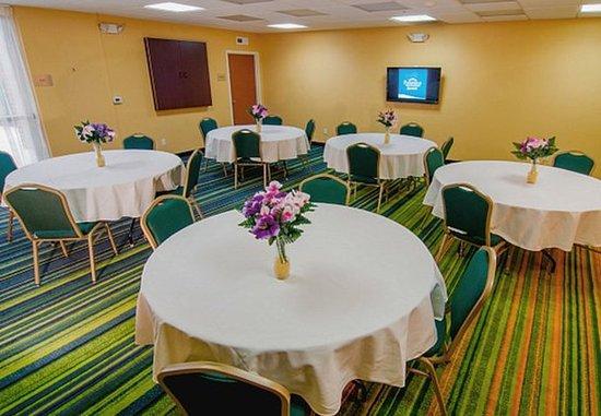 Tulare, Californie : Meeting Room
