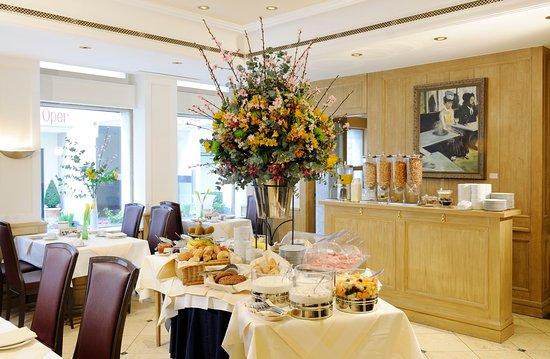 Buffet Breakfast_TOP Hotel An Der Oper Munich