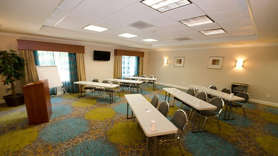 LaGrange, GA: Meeting Room