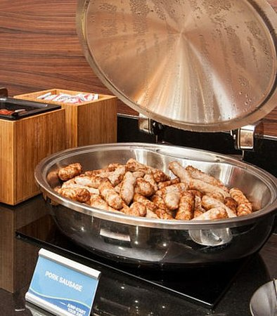 Vernon, Canada: Breakfast Buffet – Sausage