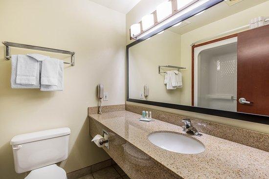 Washington, UT: Bathroom