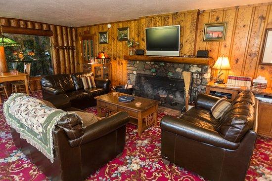 Morrisons Rogue River Lodge Picture