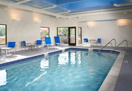 TownePlace Suites Saginaw : Indoor Pool