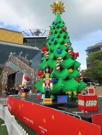 lego christmas scene in aotea square december 2016