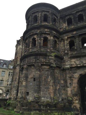 Casa Verde Hotel Restaurant: Porta Nigra in Trier, de oude Romeinse vestigingsstad.