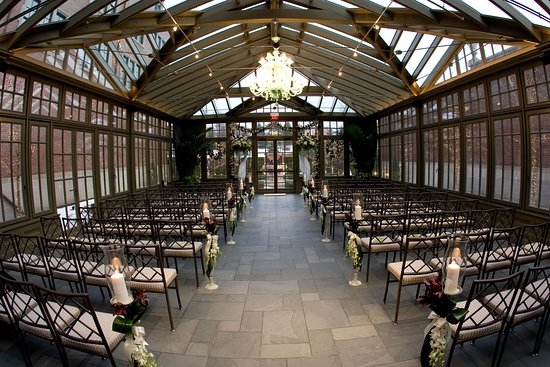 Rochester, ميتشجان: Conservatory at Royal Park Hotel Rochester