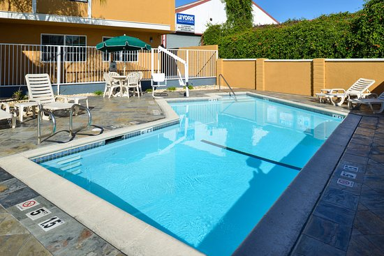 Castro Valley, Kalifornia: Outdoor pool