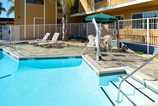 Castro Valley, CA: Outdoor pool
