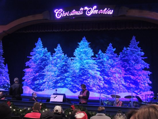 Christmas In The Smokies.Christmas In The Smokies Play Picture Of Dollywood Pigeon