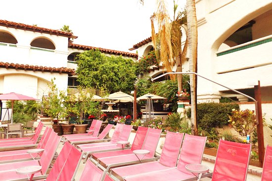 Lots Of Pool Seating Picture Of Best Western Plus Las Brisas Hotel
