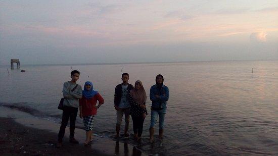 Karawang, Indonesien: Pantai Samudra Baru