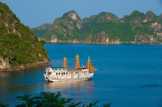 Overnight 4-Star Halong Bay Cruise
