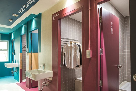 The BOB Design Led Hostel Our One Stop Service Bathroom Provides Total Privacy