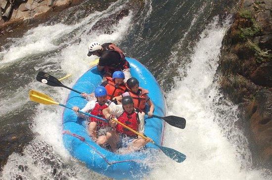 Aventura en Rafting en el Río Tenorio...