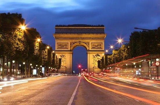 Visite en soirée de Paris dans un bus...