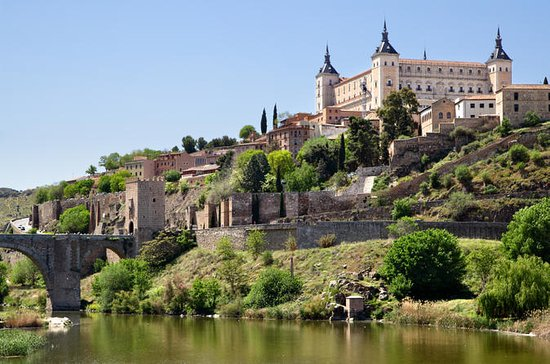 7-Day Southern Spain Tour: Granada...