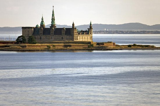 Castles Tour from Copenhagen: North...