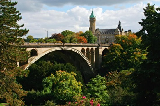 Luxembourg Day Trip from Brussels: Two...