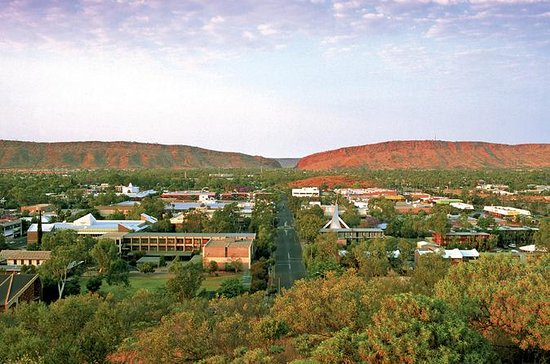 Alice Springs to Uluru (Ayers Rock...