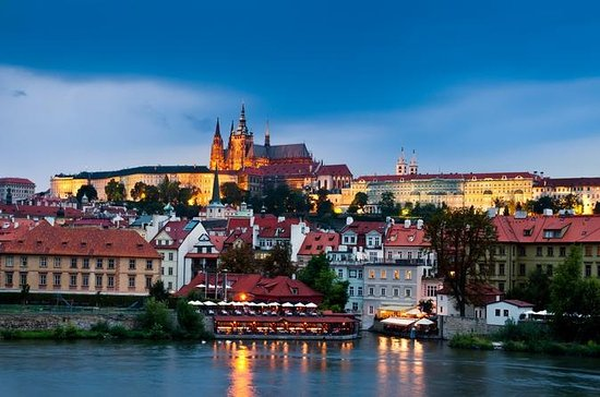 Prague Old Town: Evening Walking Tour...