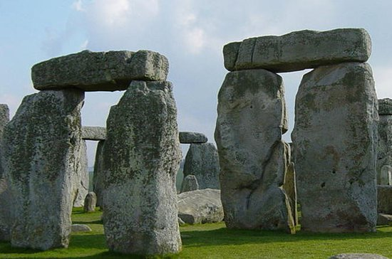 London to Stonehenge Audio-Guided...