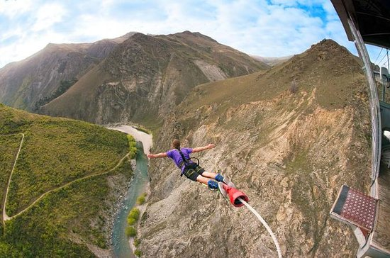 Puente en Queenstown Nevis Highwire
