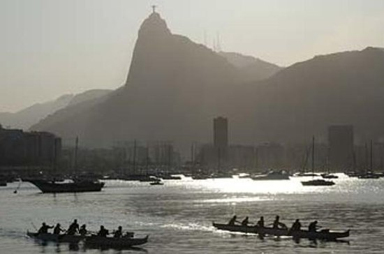 Sugar Loaf Mountain Canoe Tour in Rio...