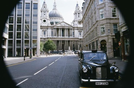 Private Tour: Harry Potter Black Taxi...