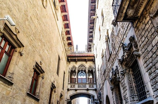 Barcelona Gothic Quarter Morning...