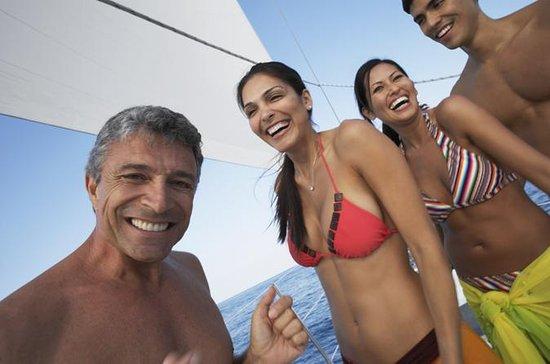 Catamarantocht met snorkelen Sint ...