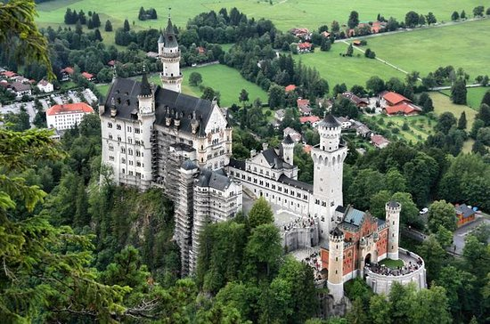 royal castles of neuschwanstein and