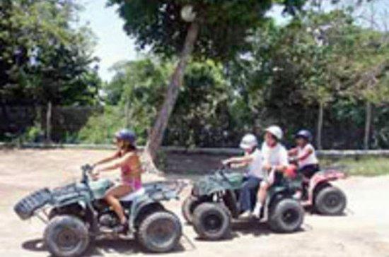 Tour de quadriciclo do Caribe Maia