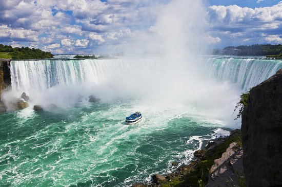 Niagara Falls Canada with Boat Ride...