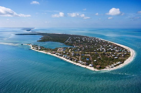 Pigeon Key Helicopter Tour with Sombrero Lighthouse Option