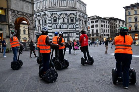 Tour in segway di notte a Firenze