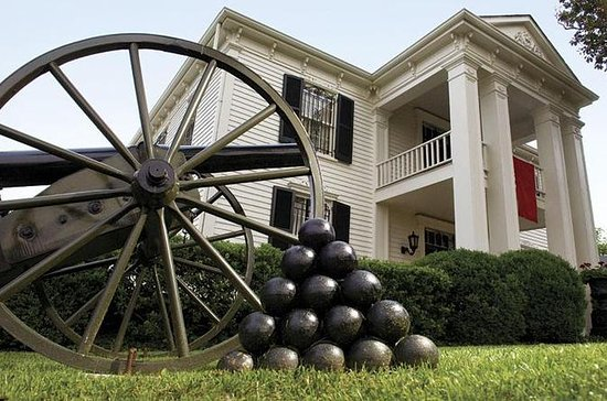 Civil War and Plantation Tour from...