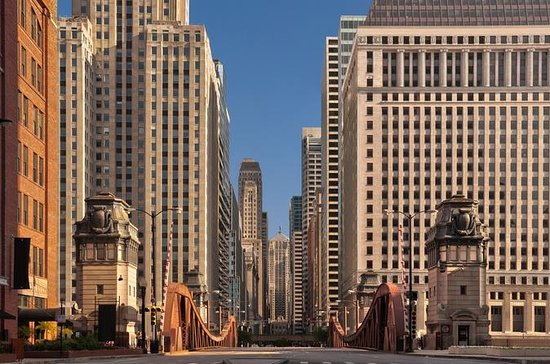 Chicago Walking Tour: Historic...