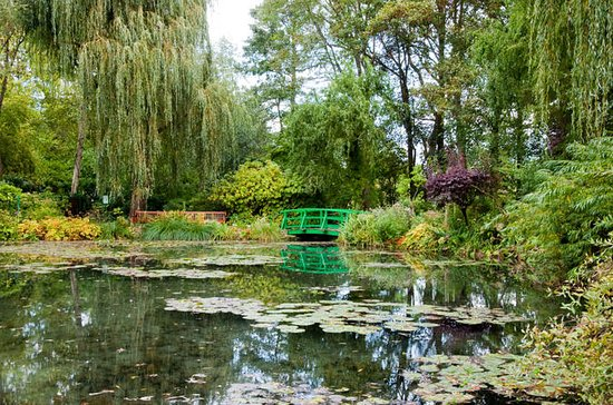 Private Tour: Rouen and Giverny Trip...