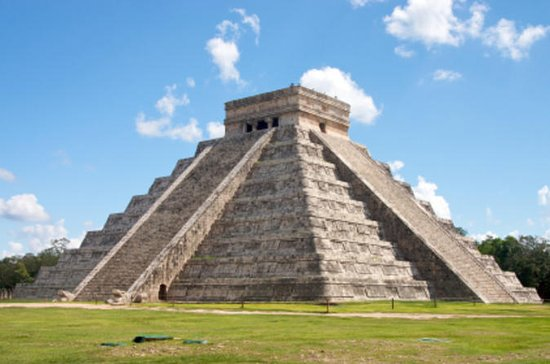 Private Tour: Chichen Itza Day Trip...