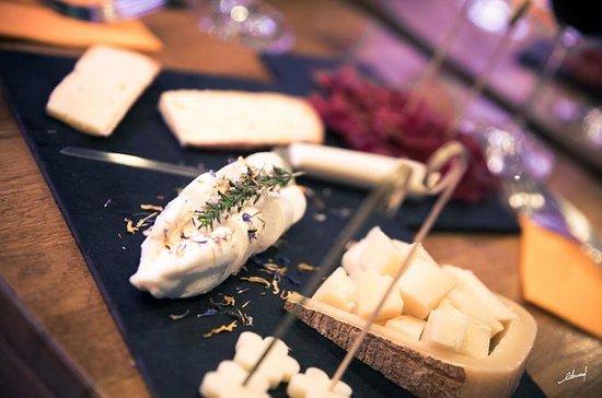 Wijn- en kaasproeverij in Parijs