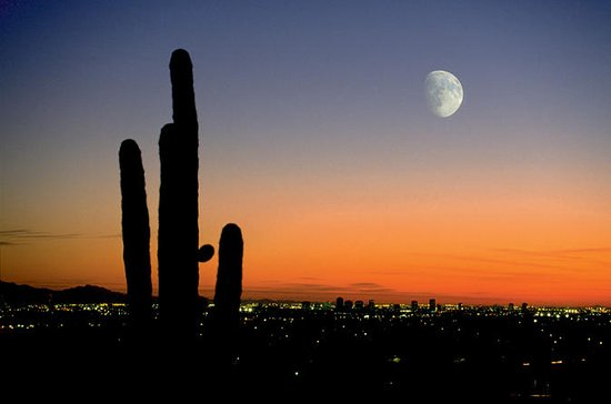 Phoenix, Arizona Mountains Sunset and City Lights Aerial Tour