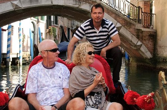 Private Tour: Venice Gondola Ride...