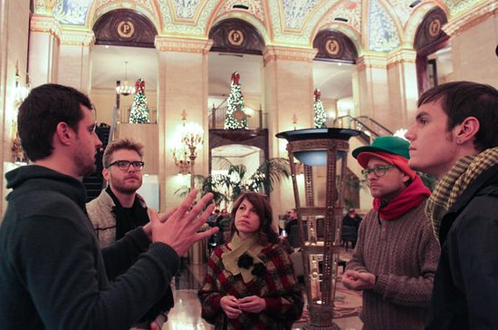 Chicago Holiday Stroll and Food Tour
