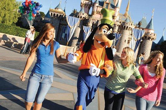 Disneyland ou Disney's California Adventure avec transport au départ...